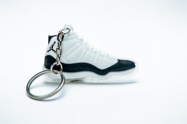 Nike Air Jordan 11 Retro White Black