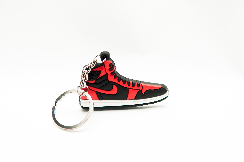 Nike Air Jordan 1 Retro Bred - Kool keyringsKool keyrings d3ffa3ade