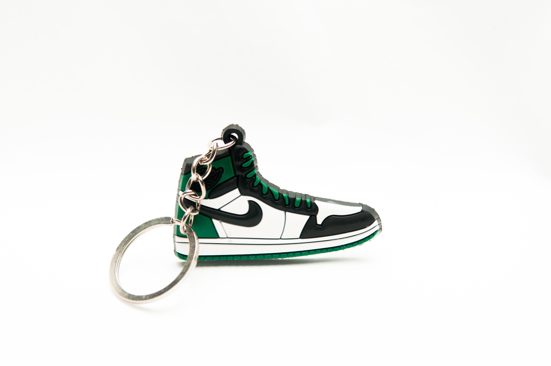 63a2934101a3d9 Nike Air Jordan 1 Retro Green Black - Kool keyringsKool keyrings