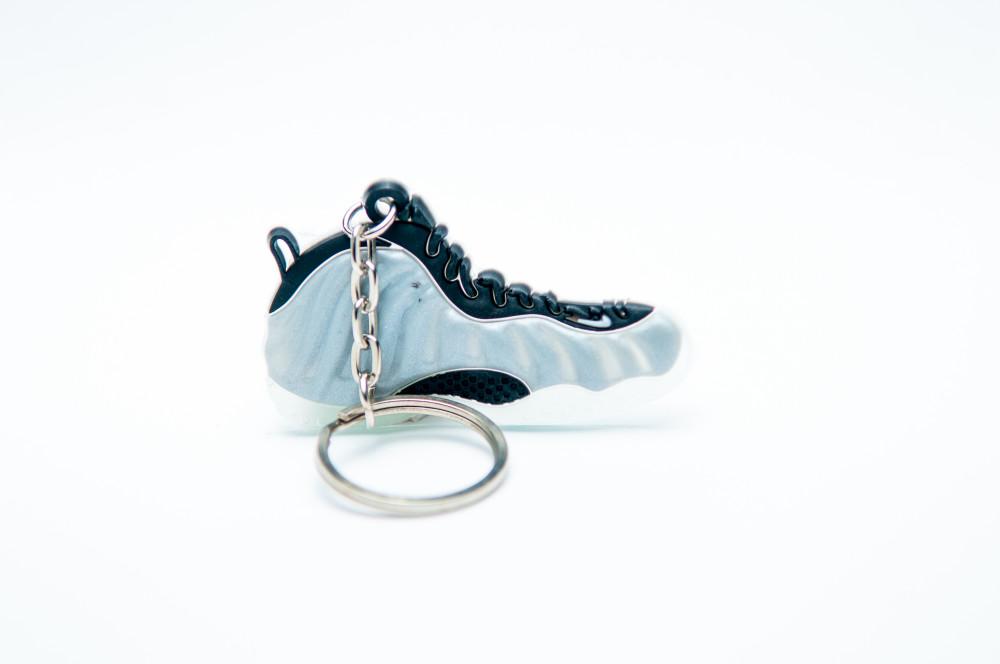 Nike air foamposite grey black