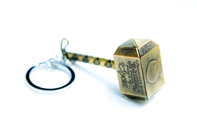Thor hammer keyring Gold 3