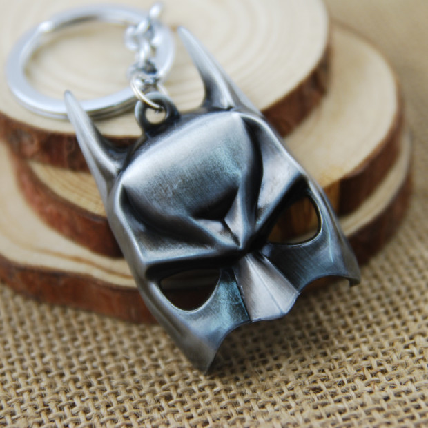 The-Avengers-Batman-Mask-The-Dark-Knight-Alloy-Metal-keychain-Keyring-Pendant-Jewels-For-Gift-Black