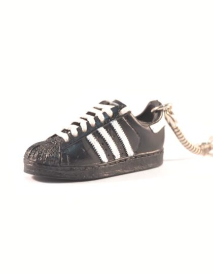 adidas superstar trainer keyring black white